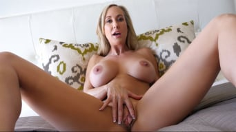 Brandi Love in 'Stepmom Plays With Gamer Stepson's Joystick'