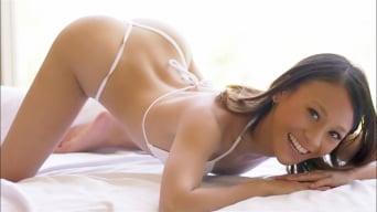 Jasmine Grey in 'Stepbro Gets Outdoor Handjob From Stepsis'